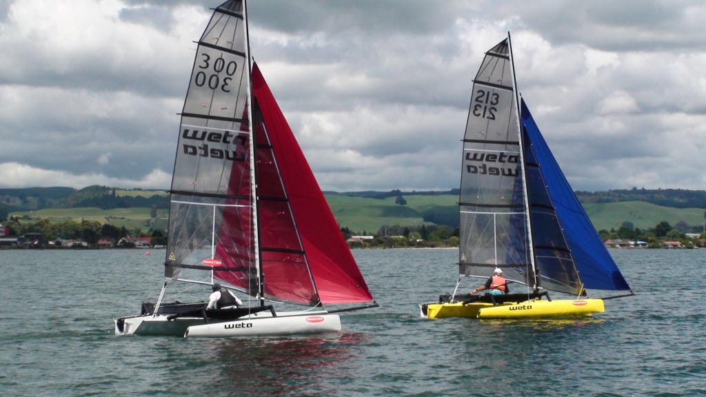 Why You Should Learn To Sail A Trimaran | The Boating Hub Blog